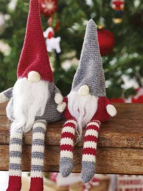 christmas knitted cozy 33 knitted decorations for your home interior god