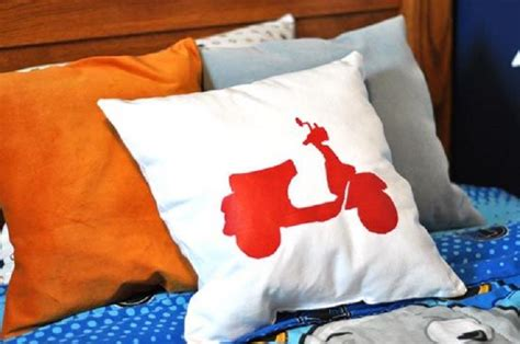 Vespa Pillow by Top 10 Diy Stenciled Pillows Top Inspired