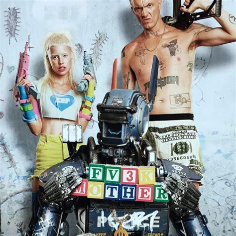 robot po imeni chappie film отзыв о фильме робот по имени чаппи 2015 года обзор
