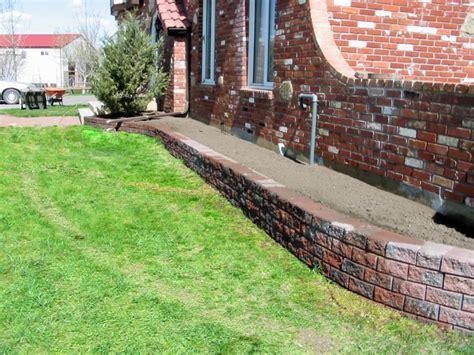 Basic Brick Flower Bed Morgan K Landscapes Landscape Lighting Ideas For Decks