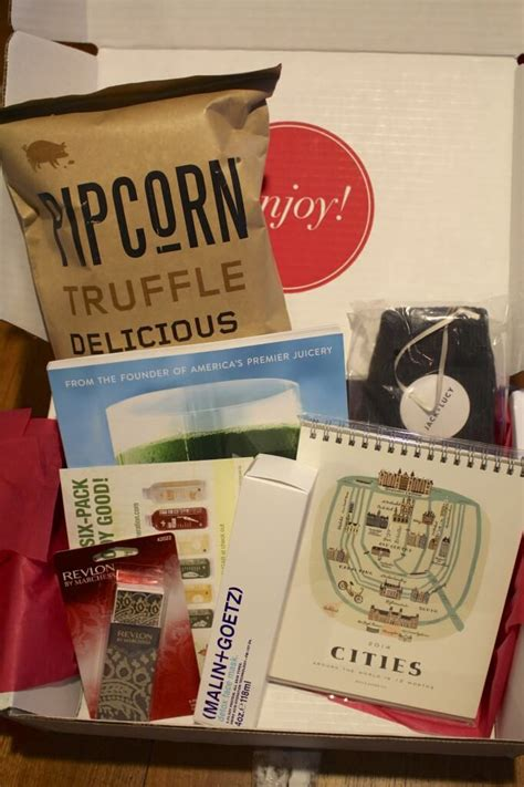 happy blogiversary to me january 2014 popsugar must have box giveaway hello - Popsugar Giveaway