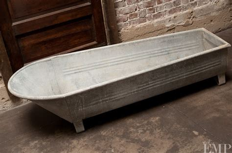 galvanized metal bathtub galvanized 14 in rectangle tub with metal handles images