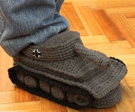 tank slippers tank slippers dudeiwantthat