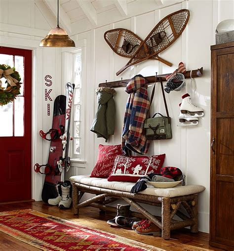 Ski Decor by Best 25 Ski Lodge Decor Ideas On Woodsy Decor Cabin Paint Colors And Lodge Decor