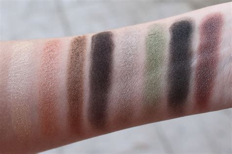 wet n wild comfort zone palette swatches wet n wild coloricon eyeshadow palette in comfort zone