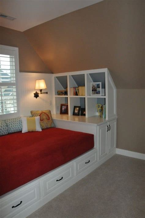 Bonus Room Bedroom by 17 Best Images About Upstairs Bedrooms Bonus Room On Bed Nook Comforter Sets And