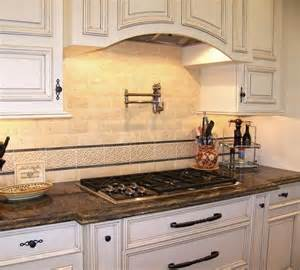 traditional kitchen backsplash photos