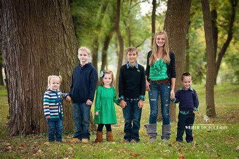 family photo color ideas 1000 images about photo ideas on pinterest family
