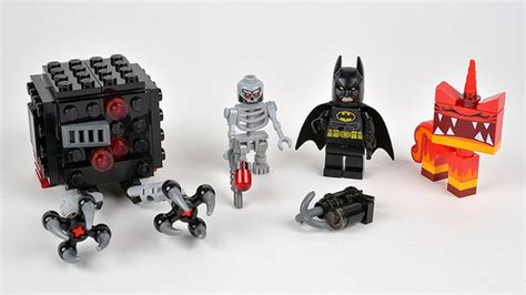 Lego Angry Minifigure Dari Set 70817 review 70817 batman angry attack brickset lego set guide and database