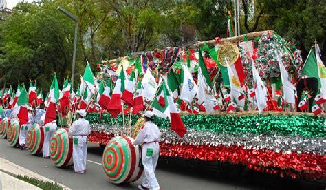 dias de fiesta en mexico turismo para el grito de independencia multipress