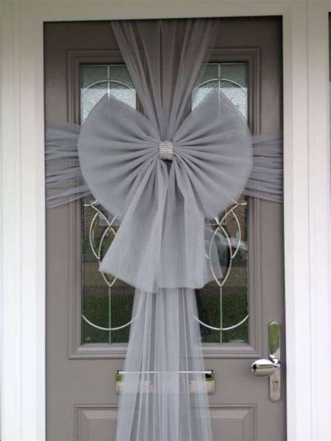 How To Make A Front Door Bow