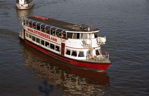 thames river boat sightseeing sightseeing boats river thames mayflower garden flickr