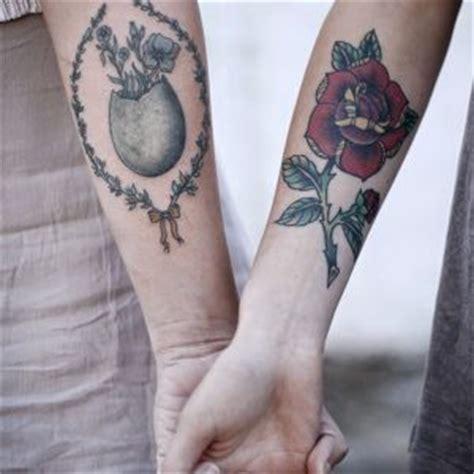 tatuaggi scritte braccio interno quanto fa il tatuaggio sul braccio