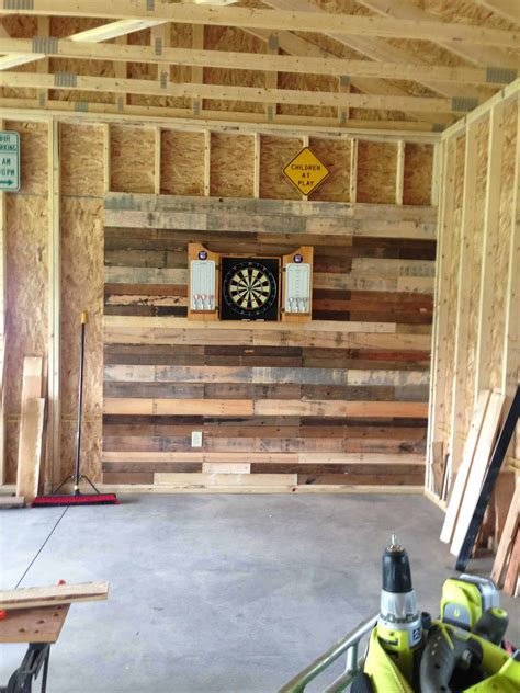 pallet wall  dartboard  pallets