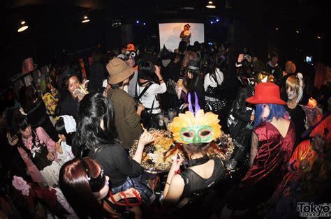 emily ratajkowski halloween dancing quot funtasy halloween night party quot by harajuku fashion walk