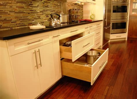 Pull Out Drawers For Pots And Pans by Pot And Pan Drawers Below Cook Top Kitchen Philadelphia By Kevin Martin