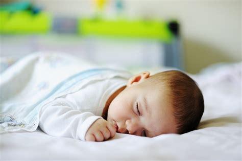 ways to sleep comfortably 6 ways to help your baby sleep well on summer nights