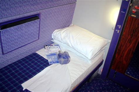 Caledonian Sleeper Berth by Uk Sleeping Car Trains Threat Rail Co Uk
