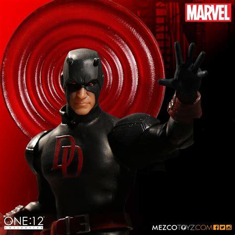 Mezco Toyz One 12 Collective Daredevil mezco one 12 collective daredevil shadowland figure mightymega