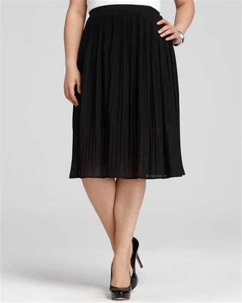 dkny c plus size pleated midi skirt in black lyst
