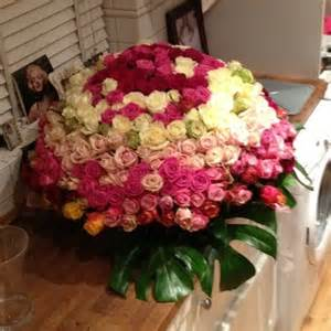Huge Bouquet Of Roses Towie S Lydia Bright Shows Off Huge Bouquet Of Roses From