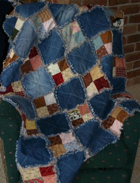 How To Make A Raggy Quilt raggy scrap quilt cecily paterson