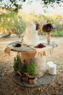 Country chic wedding cake table wedding day pins you re 1 source