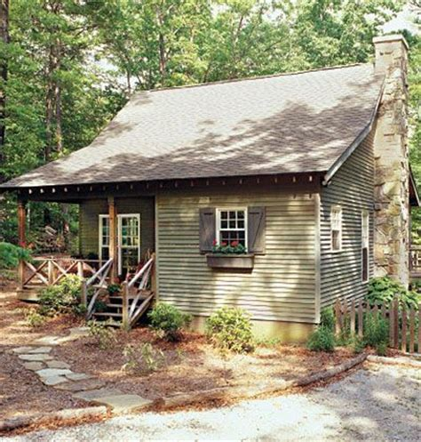this rundown cottage looks unrecognisable compact and affordable the deer run house plan offers