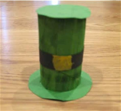 Leprechaun Toilet Paper Roll Craft - preschool crafts for st patick s day toilet roll