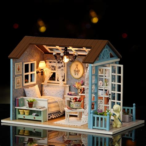 casa de mu 241 ecas de madera en miniatura con luz led y