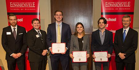 Siue Mba Study Abroad by Siue School Of Business Celebrates Record 200 000 In