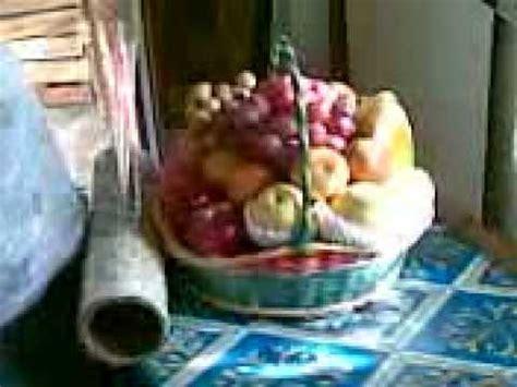 Keranjang Buah merangkai keranjang buah