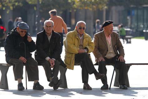 aumento a jubilados nacionales para 2016 el gobierno ofrecer 225 45 de aumento a casi dos millones de