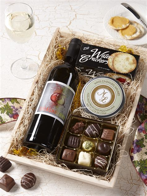 Handmade Chocolate Gifts - boxed chocolate gifts gift ftempo