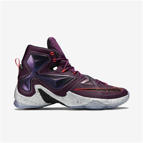 the lebron sneakers armour s curry two why does stephen curry wear such