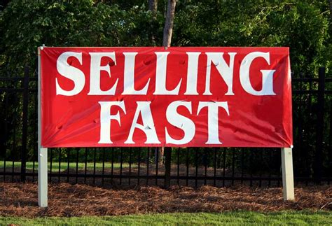 how to sell my home marketing tips for selling a house faster