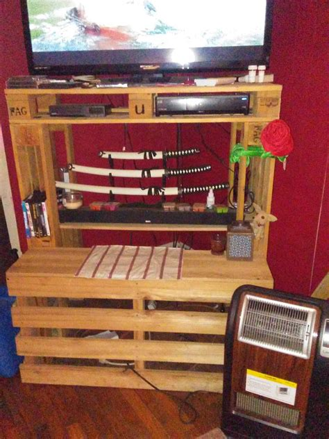easy tallboy pallet entertainment center  pallets