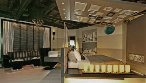 decorate slanted ceilings