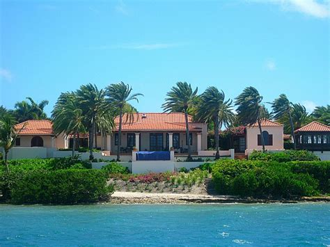 how many houses does oprah have oprah s house in jumby bay antigua images frompo