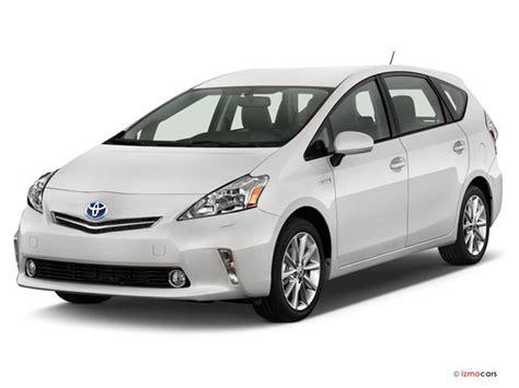 Toyota Prius V 2014 2014 Toyota Prius V Pictures Angular Front U S News