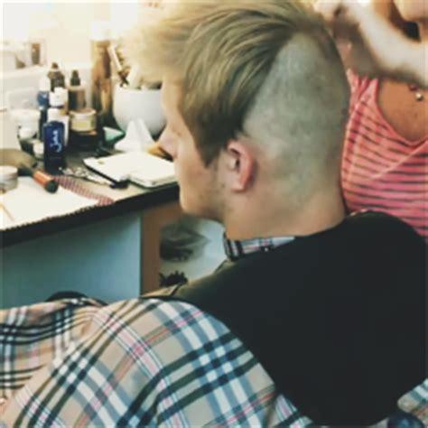 bjorn lothbrok hairstyle bjorn vikings haircut