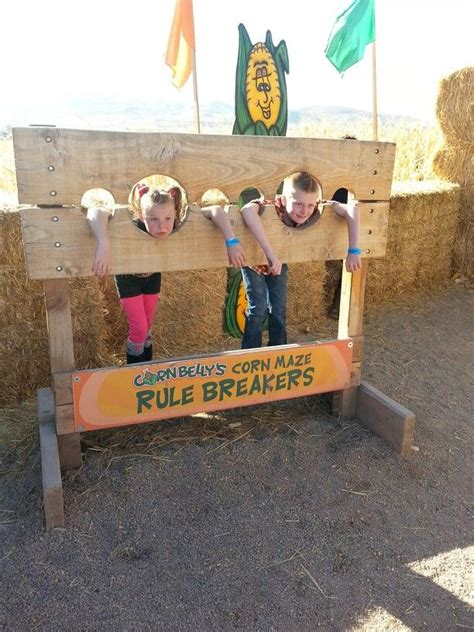 halloween maze themes fun idea for quot photo op quot at halloween carnival parents