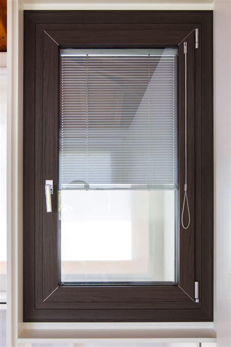 finestra interna infissi in alluminio colori infisso in alluminio