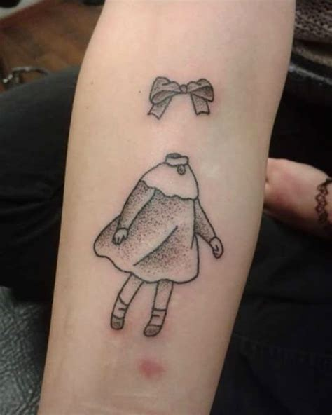 hand poked tattoo vs machine invisible child from moomins it s hand poked no tattoo