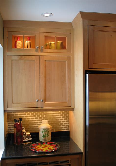 custom kitchen cabinet manufacturers kitchen cabinet manufacturers canada manicinthecity
