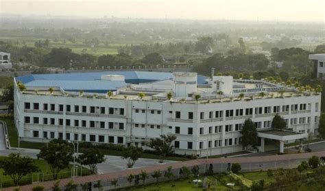 Vit Mba Fees by Vellore Institute Of Technology Vit