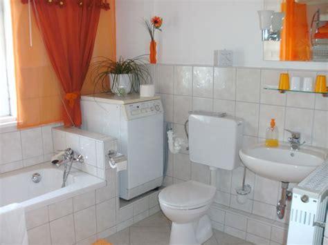 waschmaschine badewanne ferienwohnung grasslfing bad