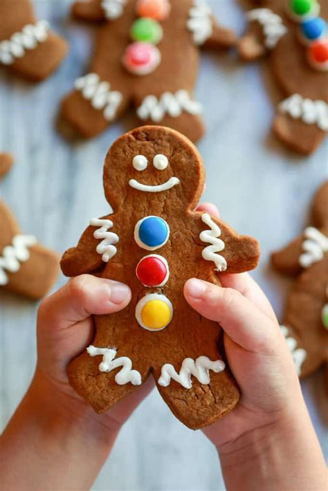 soft  chewy gingerbread cookies tastes