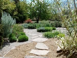 un jardin m 233 diterran 233 en sans arrosage jardins de paysagistes