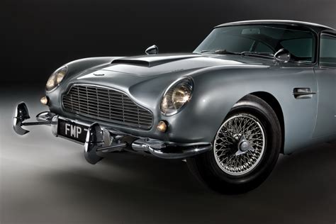 james bond aston martin carscoop new cars classics cars james bond s original